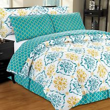 Complete bed in a bag reversible set